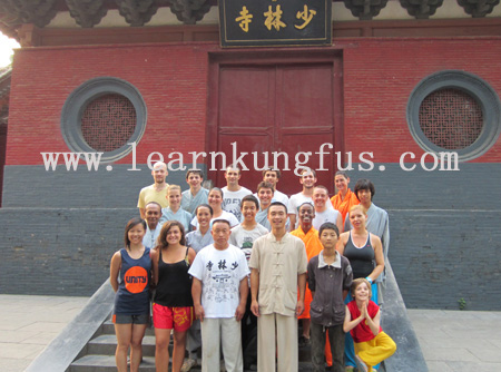 students&masters in shaolin temple 2010